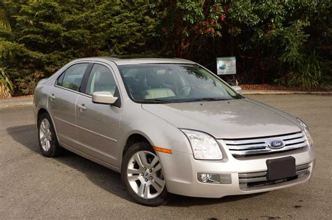 ford fusion sel  priced  sell asap