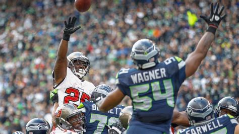seahawks favored   points heading  sundays game