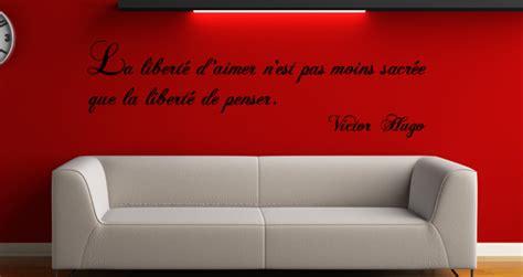 chambre turquoise et stickers muraux citation la liberté selon hugo sticker