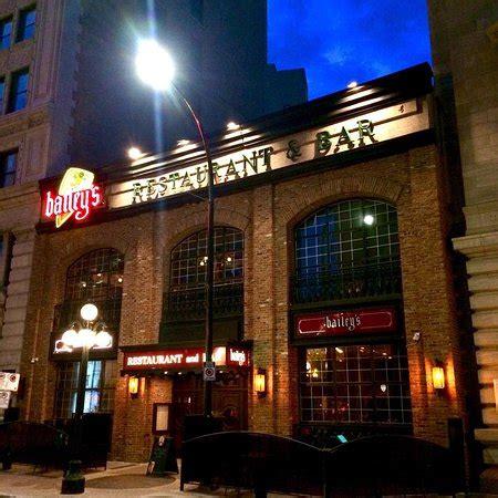 Bar Winnipeg by Bailey S Restaurant Bar Winnipeg Downtown Winnipeg