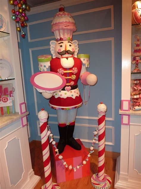 Decorating  Clever, Christmas Candy And Candyland