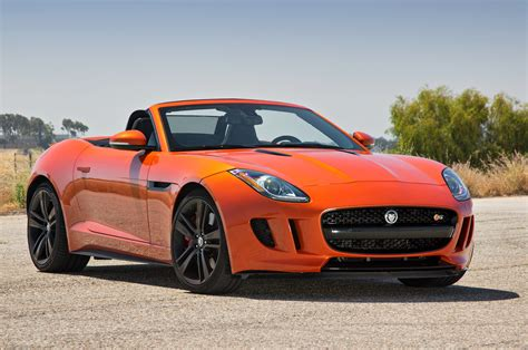 2014 Jaguar F Type V8 S Front Three Quartes Photo