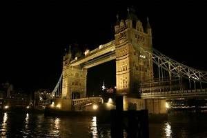 London Bridge Dessin : tower bridge de nuit t l charger des photos gratuitement ~ Dode.kayakingforconservation.com Idées de Décoration