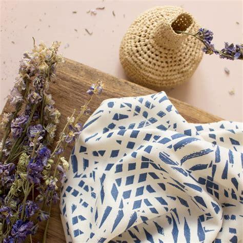 Krepa Wiskozowa Atelier Brunette Shade Cobalt POPCOUTURE - sklep z tkaninami, dzianinami i ...