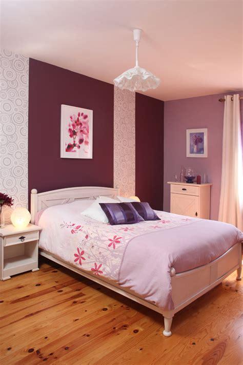idee tapisserie chambre peinture chambre with deco tapisserie