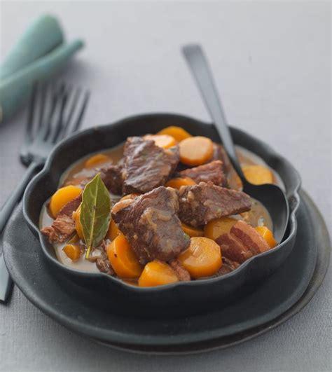 cuisiner bourguignon 1000 idées sur le thème recette boeuf bourguignon sur