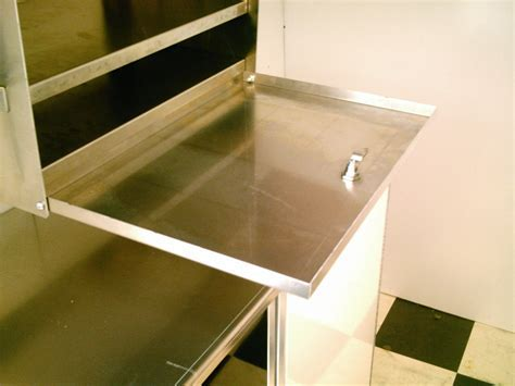 Fold up or down door for super shelf