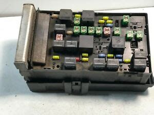 Ram 1500 Fuse Box by 2004 2005 Dodge Ram 1500 Fuse Box Integrated Unit