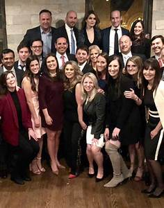 Hope Hicks Wasn't All Smiles in White House Farewell Photo ...