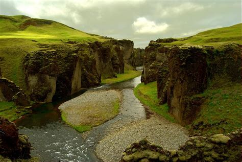 fjaorargljufur canyon popular tourist attraction iceland