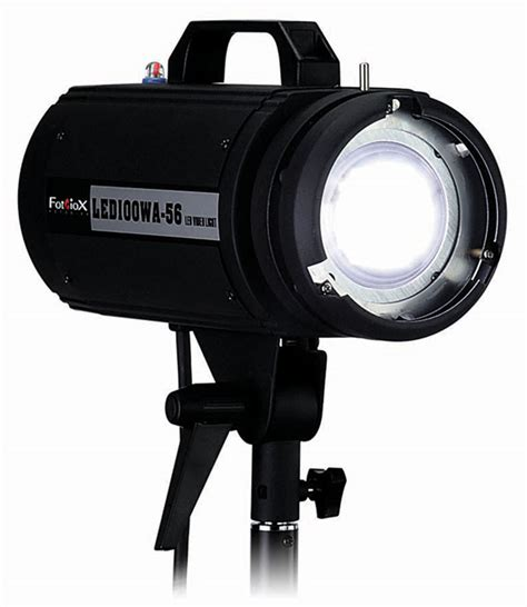 shooting studio portraits with one led using fotodiox s