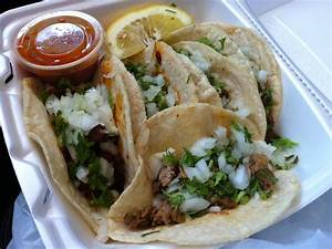Review: Tacos Cantu | Gas Station Tacos