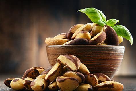 delicious reason  love nuts