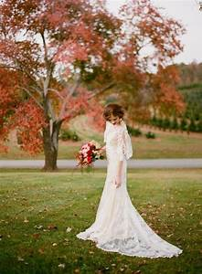 Stunning long sleeve wedding dresses for fall wedding for Dress for fall wedding
