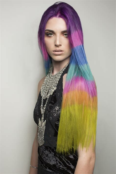 The Color Blocked Hair Dye Trend Takes Rainbow Hair To The