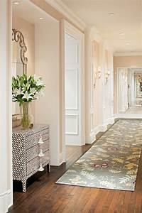 5, Ways, To, Decorate, A, Narrow, Hallway