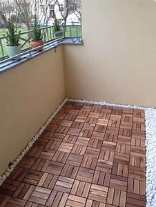 Bodenbelag Balkon Terrasse : holzfliesen verlegen unterkonstruktion kf36 hitoiro ~ Indierocktalk.com Haus und Dekorationen