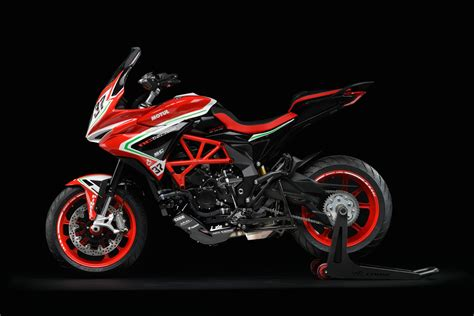 Modification Mv Agusta Turismo Veloce by 2019 Mv Agusta Turismo Veloce Rc Scs Guide Total Motorcycle