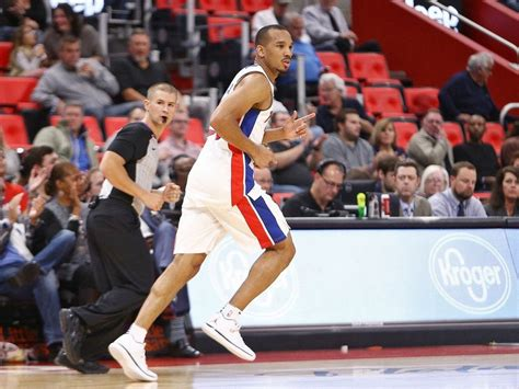 TMZ report: Pistons' Avery Bradley settled claim of sexual ...