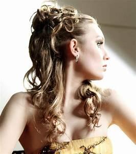 Chignon Cheveux Mi Long : photo coiffures mariage cheveux mi longs chignon ~ Melissatoandfro.com Idées de Décoration