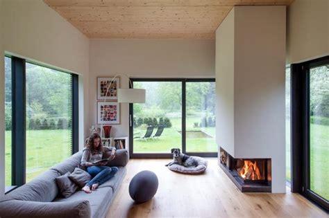 Einrichtung Kleiner Kuechekleine Kueche Hinter Schiebetuere 1 by Wohnzimmer Ideen Zum Einrichten Sch 214 Ner Wohnen