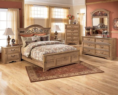 Bedroom Rental Sets by Beautiful Bedroom Furniture Bedroom Sets On Sale