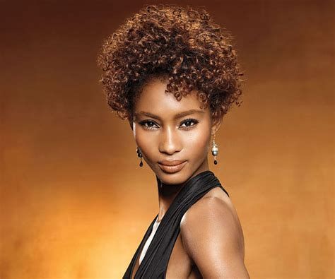 Best And Easy Short Curly Hairstyles For Black Women