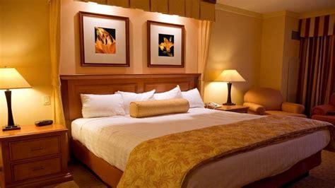 relaxing bedroom ideas  decorating bedroom relaxing