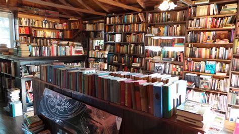 lhooq books  carlsbad ync