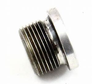 6 Speed Manual Transmission Drain    Fill Plug 05