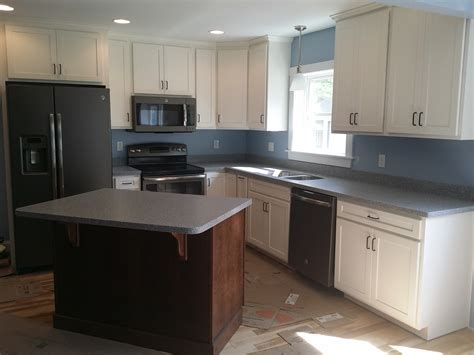 lowes kitchen reviews interior appealing design of lowes kitchen remodel for modern kitchen decoration ideas