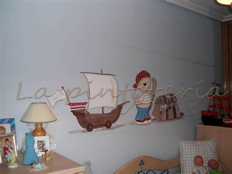 tag pour chambre deco chambre bébé peinture murale enfant