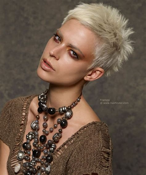 2018 Pixie Haircuts & Hairstyles For Short Hair  17 Best
