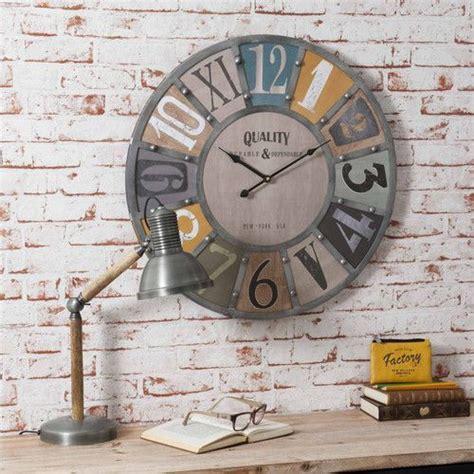 horloge maison du monde horloge avec rivets en m 233 tal edwin maisons du monde industriel horloge maison
