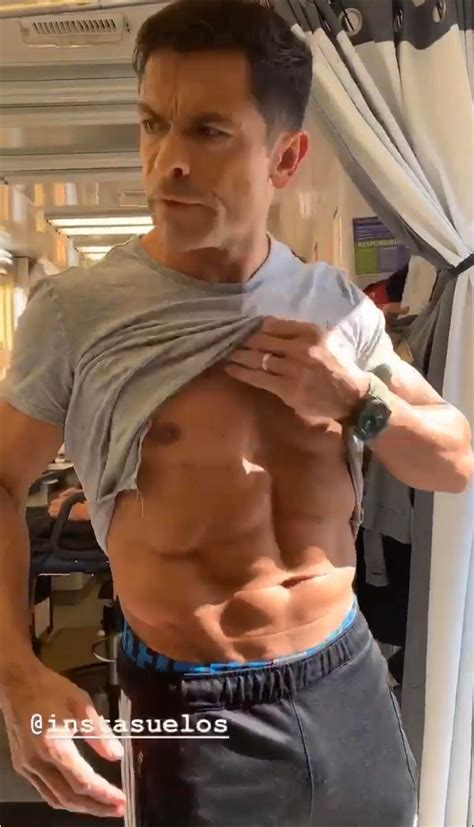 mark consuelos shows   toned abs  kj apas