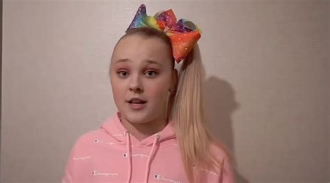 jojo siwa addresses claires makeup recall safety