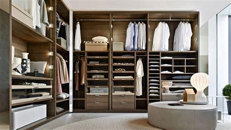 Wardrobe In Closet by Gliss Walk In Wardrobe Tollgard