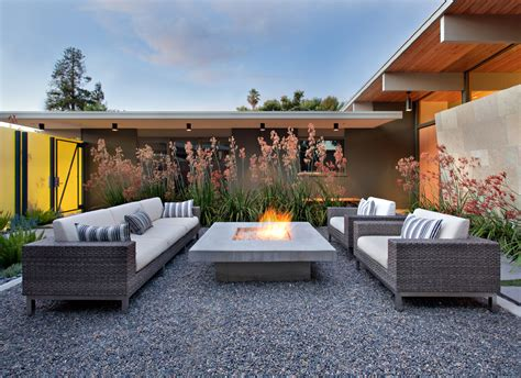 outdoor seating with pit fireplace design ideas