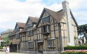 Day Tour From London Visiting Stonehenge, Bath and Stratford