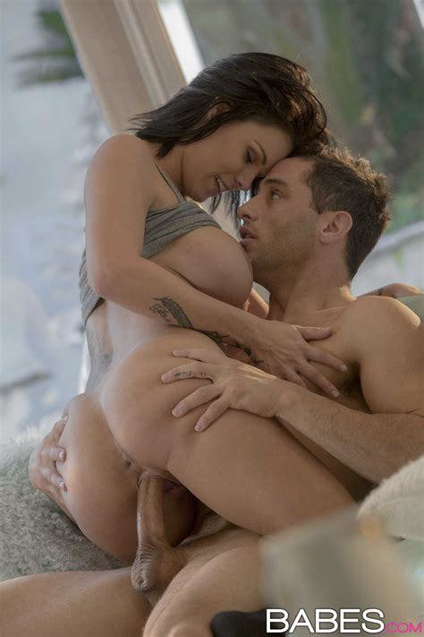 Babe With Firm Tits Needed Wild Sex Photos Peta Jensen
