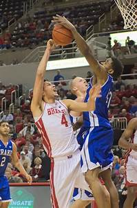 Men's basketball's rough week punctuated with loss to ...