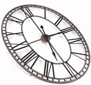 Horloge Murale Chiffre Romain : horloge chiffres romains ovale ~ Teatrodelosmanantiales.com Idées de Décoration