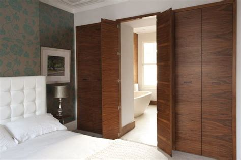 Bedroom Ensuite Wardrobe by Ensuite Bathroom Doors Clever Could Use This