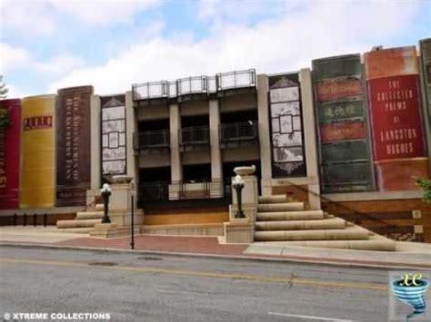 giant bookshelf  kansas city library usa youtube