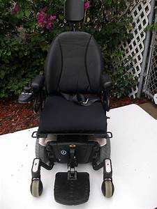 Quantum 610 Electric Wheelchair