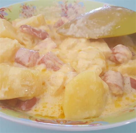 recette pommes de terre knacki sauce cheddar et vin blanc