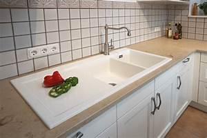 Küchen Quelle Gmbh : wei e keramiksp le in landhausk che landhausstil k che n rnberg von k chen quelle gmbh ~ Markanthonyermac.com Haus und Dekorationen