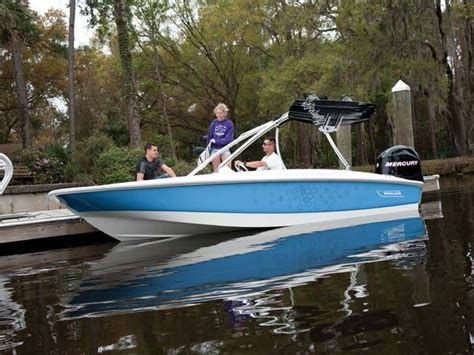 Boston Whaler Speed Boat by Research 2012 Boston Whaler Boats 170 Sport On