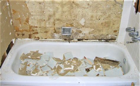 How To Remove Grout, Mortar, And Drywall Mud From A Bathtub
