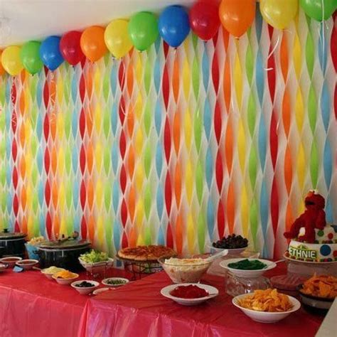 Decorating Ideas With Streamers by 25 Best Ideas About Streamer Decorations On